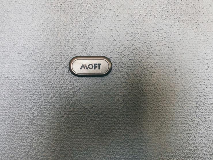 MOFT Xの磁石シート