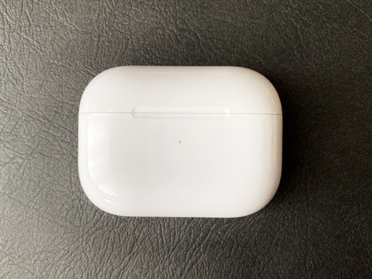 AirPods Proの充電ケース