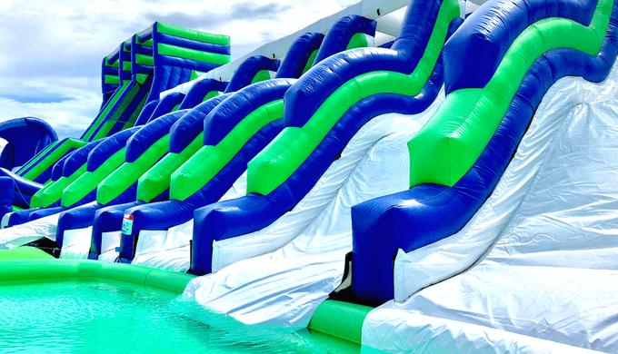 ハウステンボス4大プールのWAIWAIビーチ