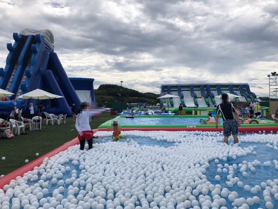 ハウステンボスWAIWAIビーチのボールプール