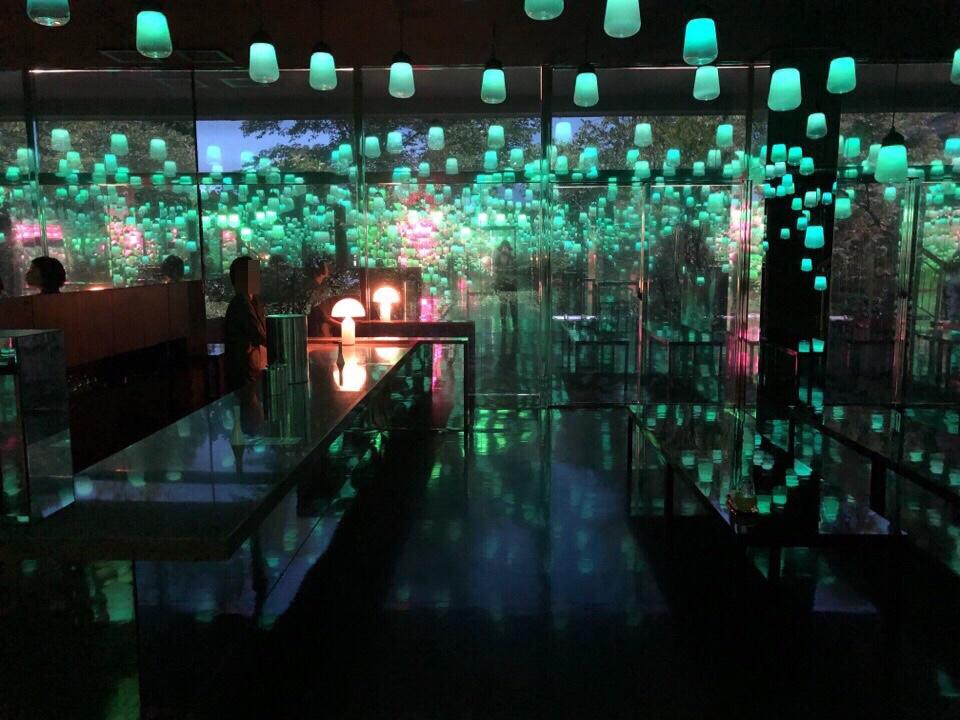 御船山楽園ホテル喫茶店「応灯楼」
