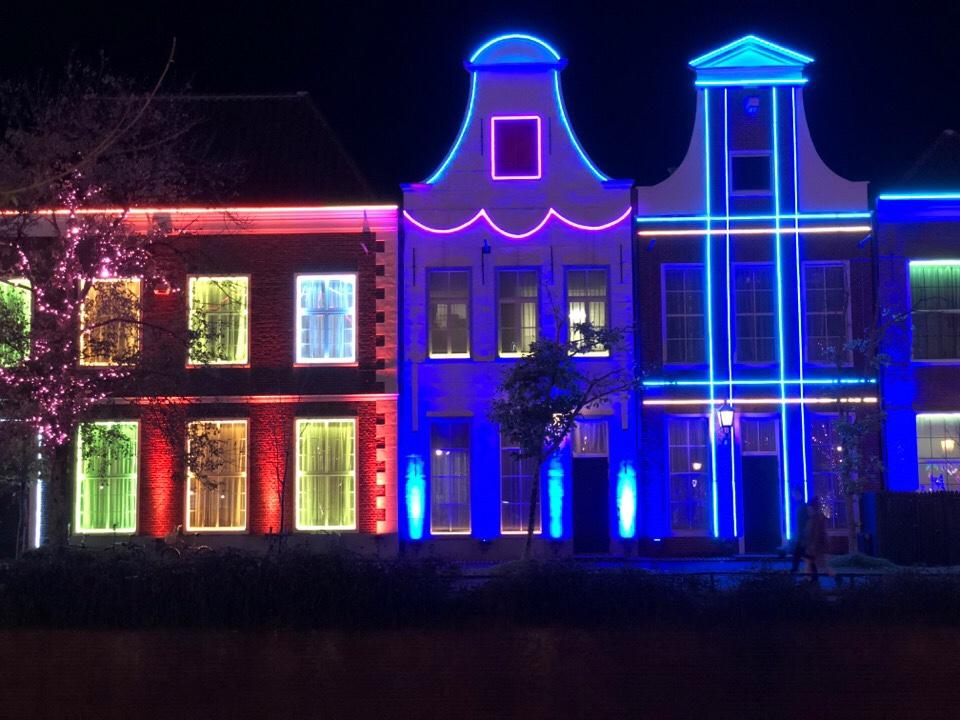 ハウステンボスの街並みがライトアップされると綺麗