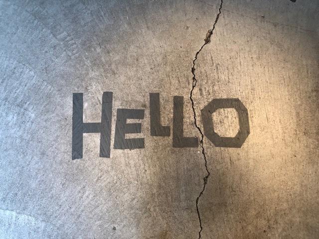 モンネポルトの入り口のHELLOが可愛い