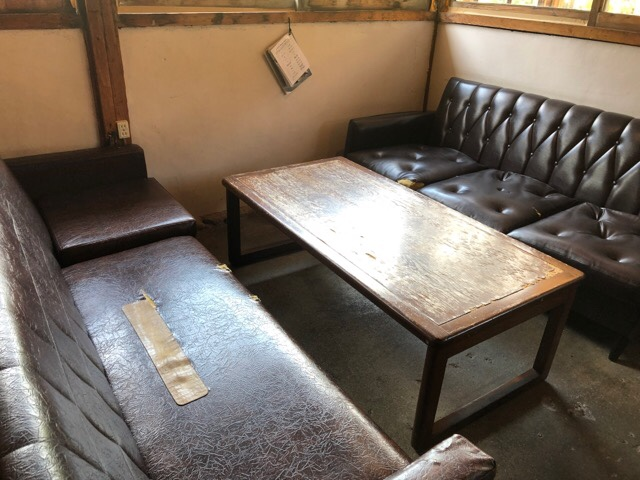 モンネルギムックのソファ席が心地いい